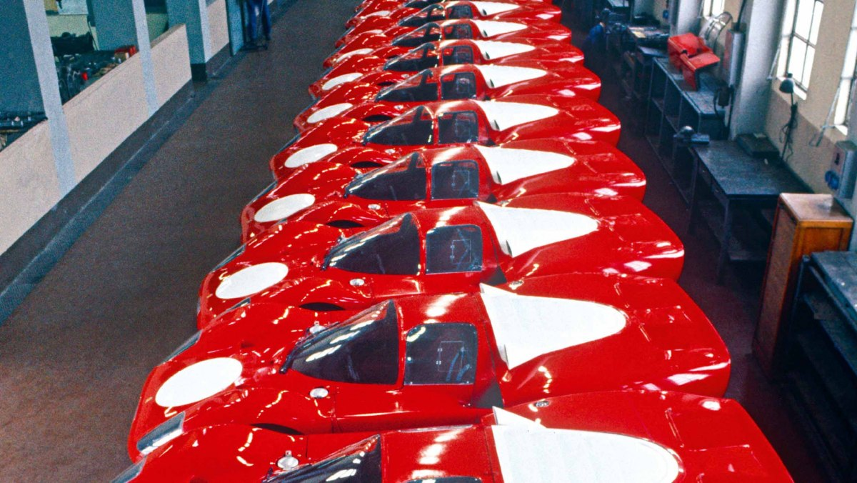 Ferrari-512S-vs-Porsche-917-8
