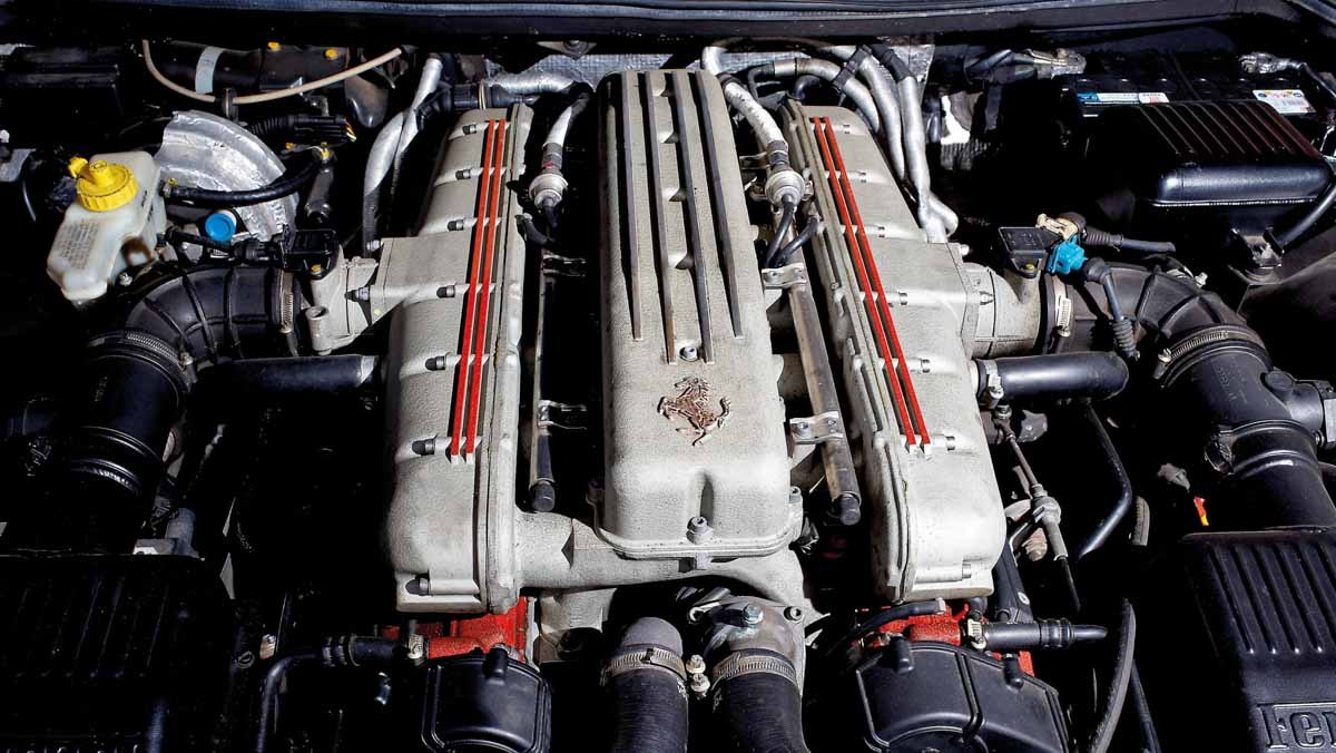 Ferrari-550-Maranello-11