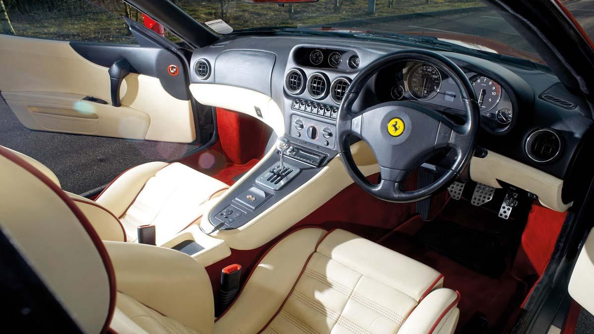 Ferrari-550-Maranello-2