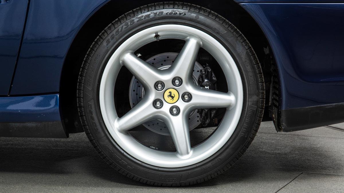 Ferrari-550-Maranello-5