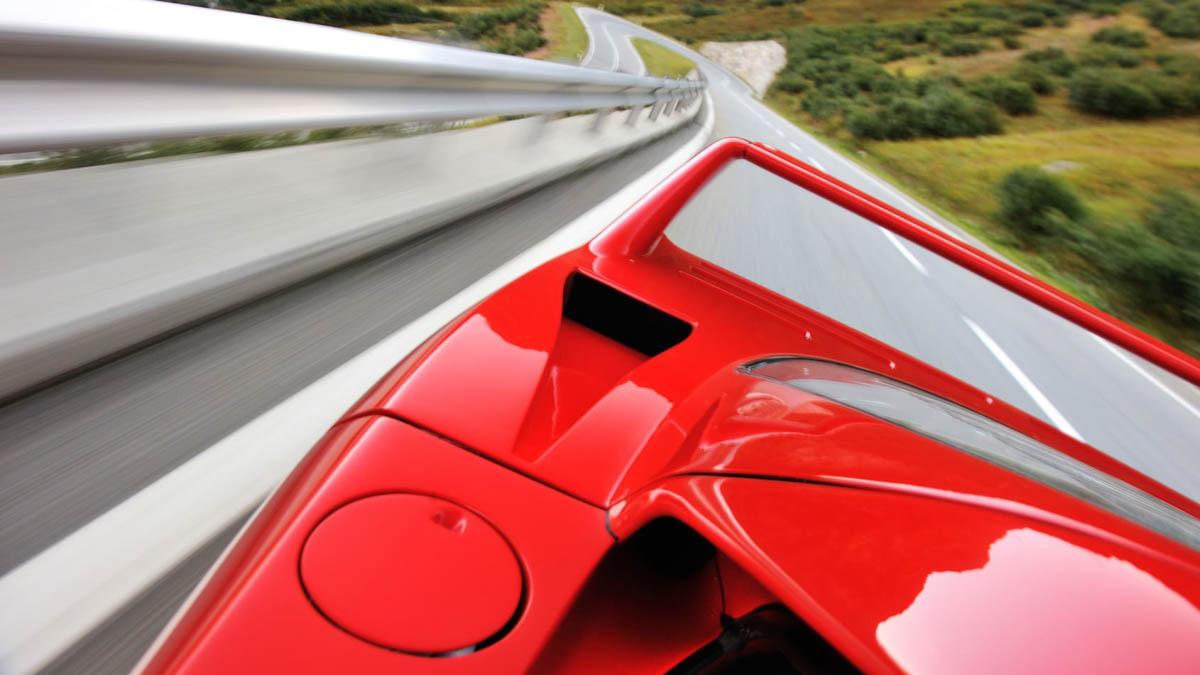 Ferrari-F40-Review-11