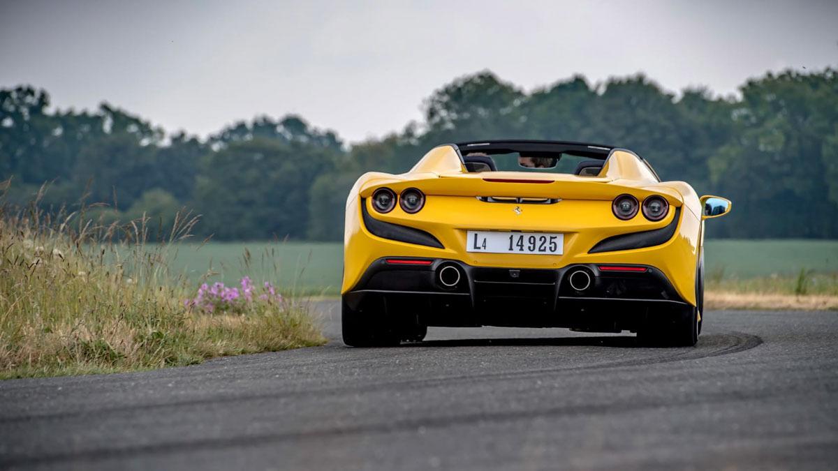 Ferrari-F8-Spider-2020-review-10