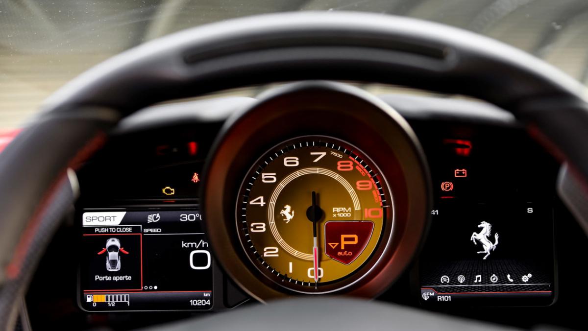 Ferrari-F8-Tributo-2021-14