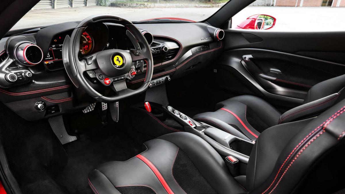 Ferrari-F8-Tributo-2021-15