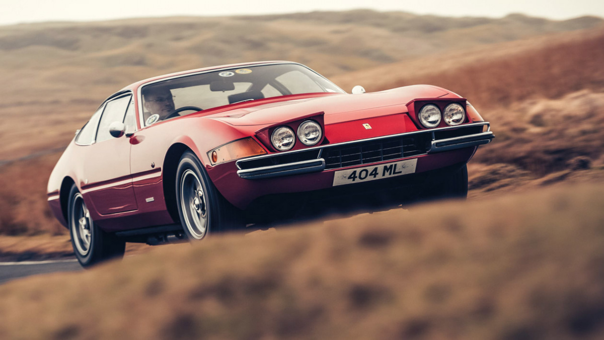 Ferrari-GT-10