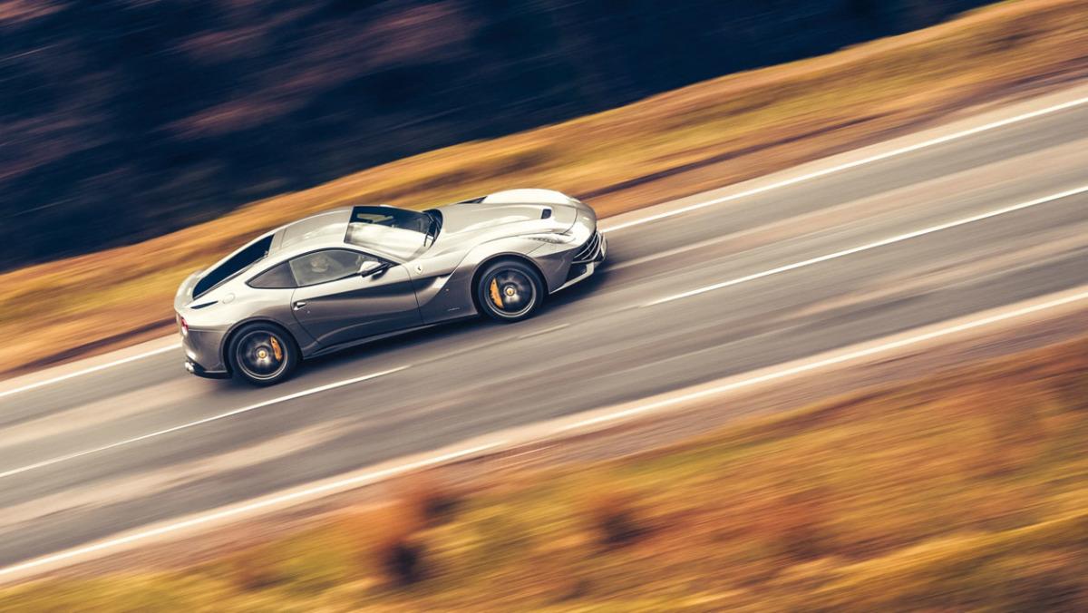 Ferrari-GT-15