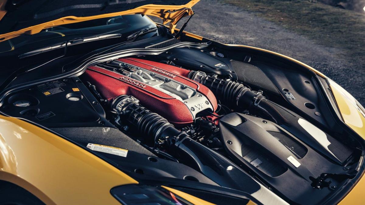 Ferrari-GT-4