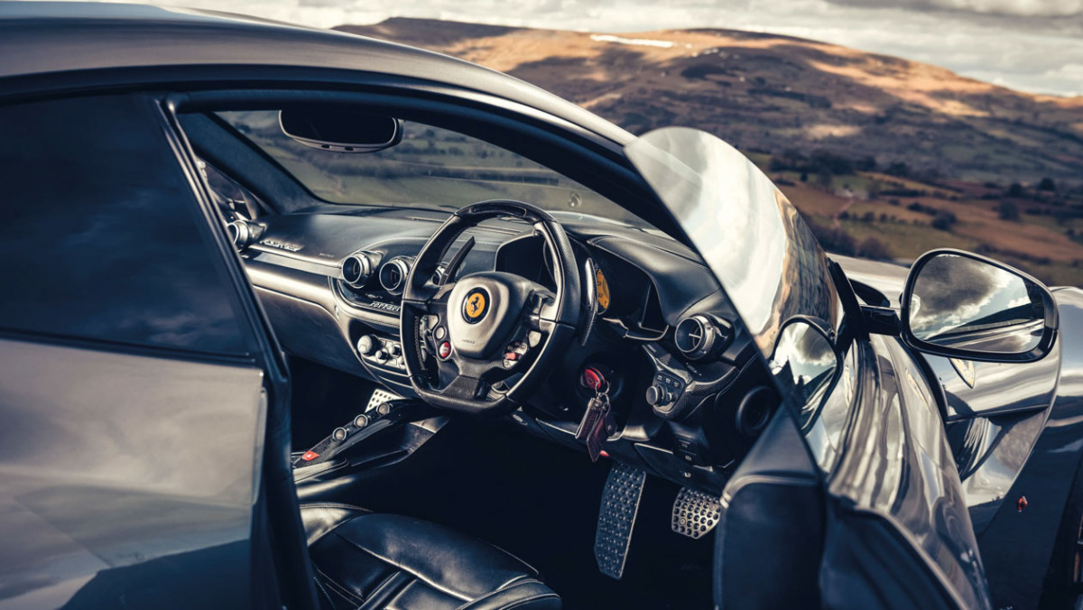 Ferrari-GT-6