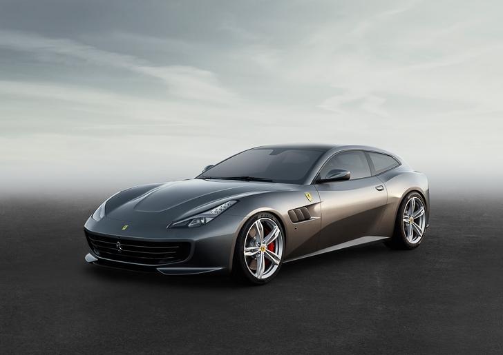 Ferrari GTC4Lusso-1