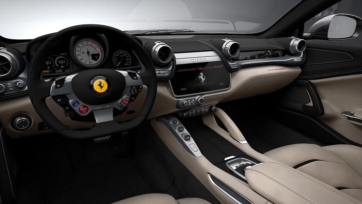 Ferrari GTC4Lusso-7
