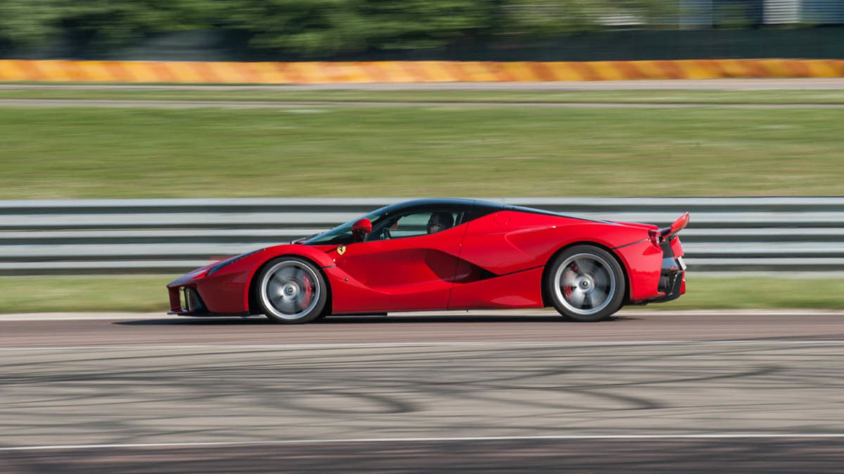Ferrari-LaFerrari-3