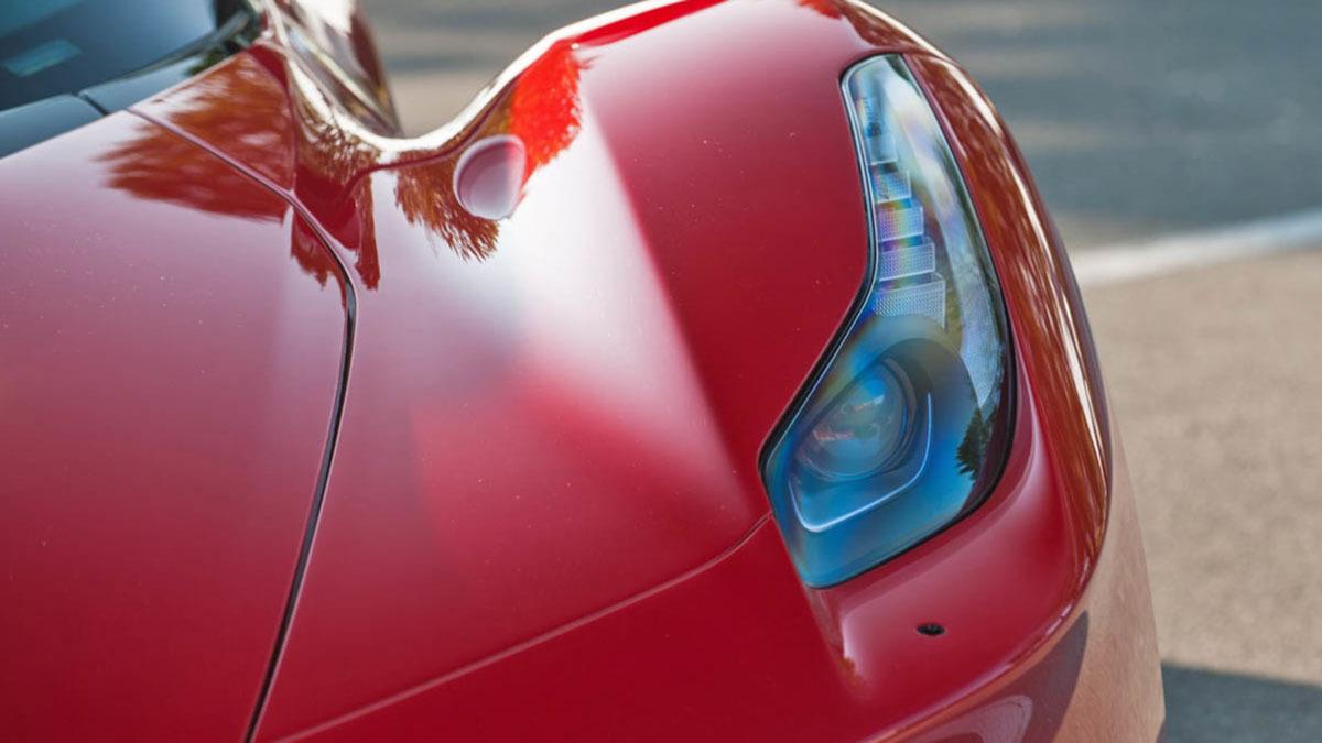 Ferrari-LaFerrari-4