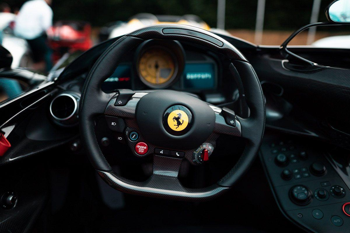 Ferrari-Monza-SP2-and-SP1-5