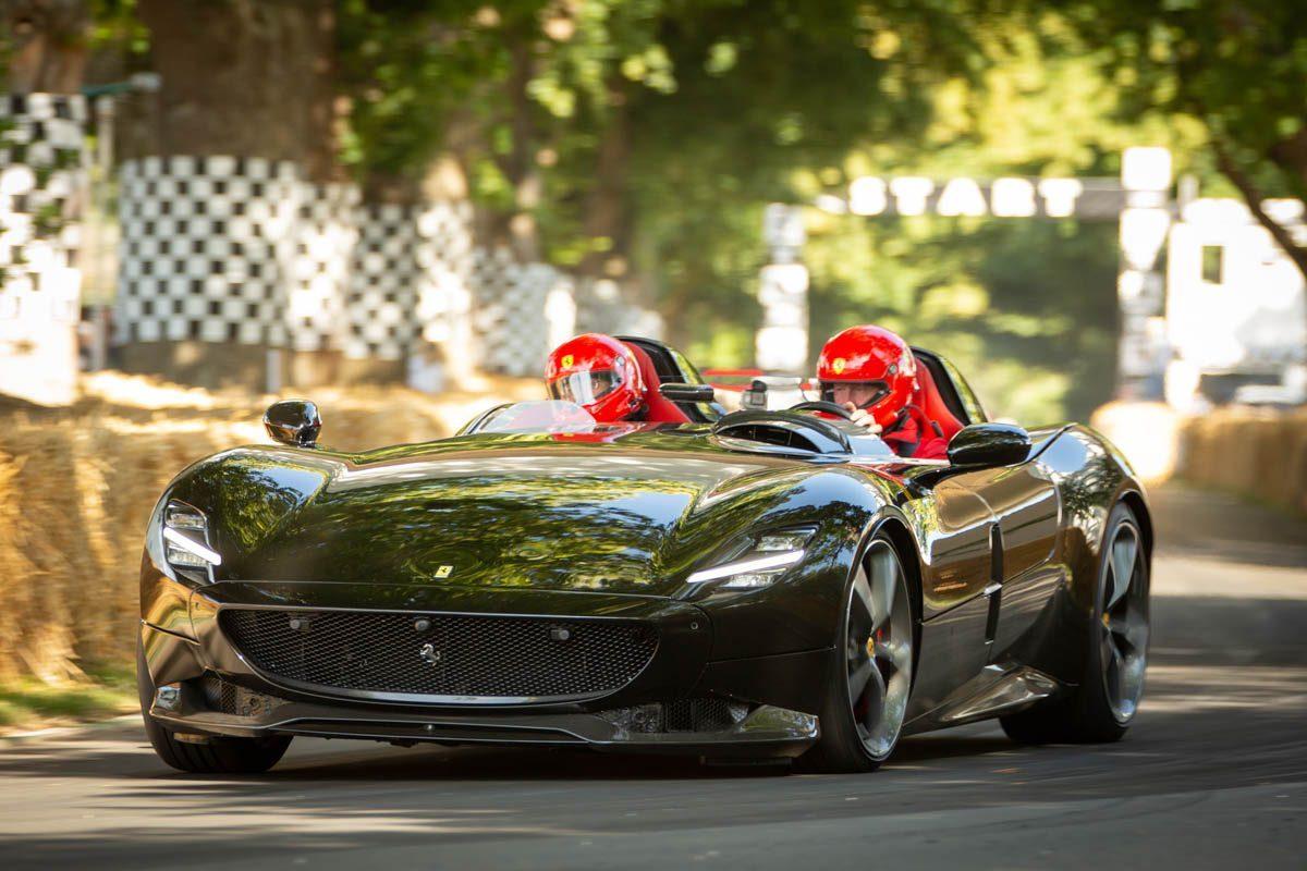 Ferrari-Monza-SP2-and-SP1-7