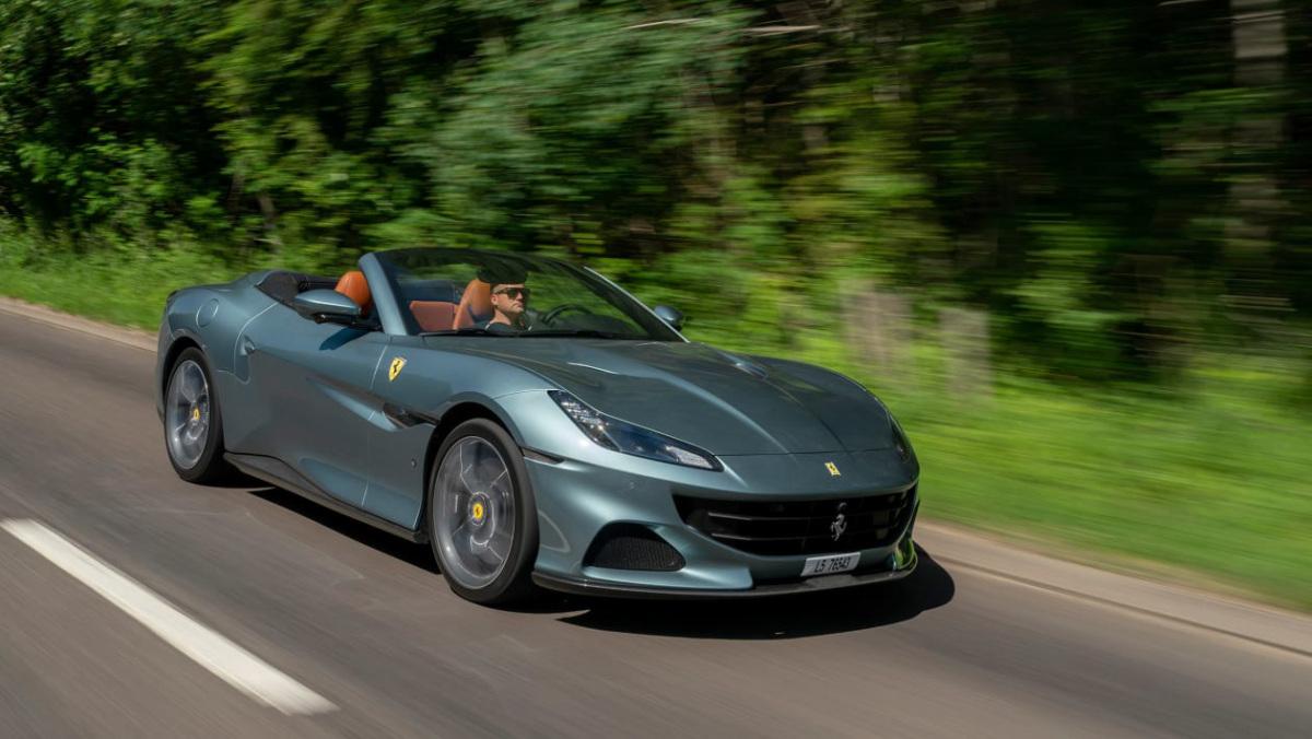 Ferrari-Portofino-2021-1