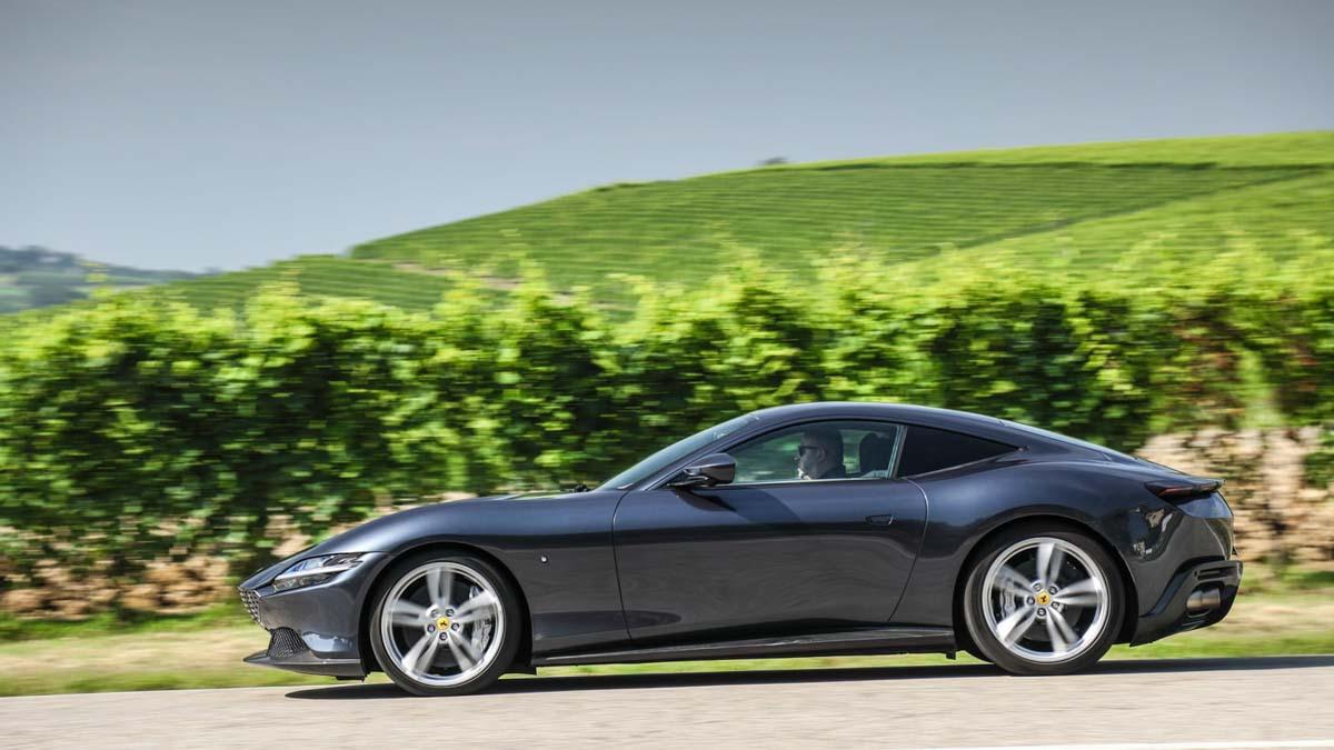 Ferrari-Roma-4