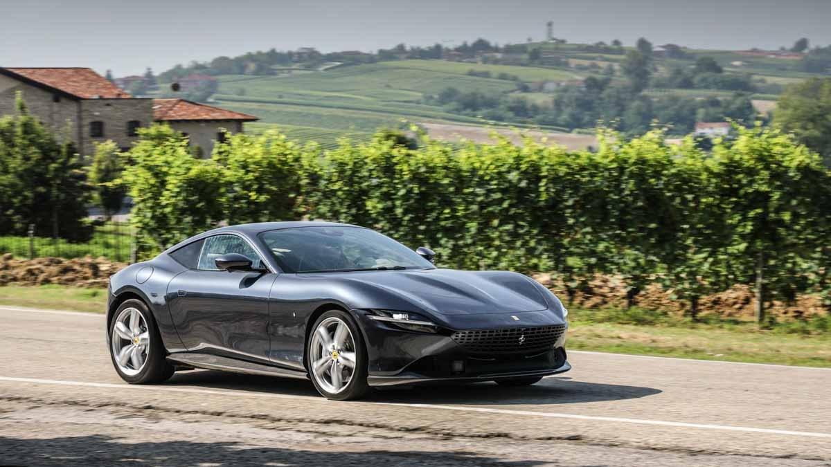 Ferrari-Roma-5
