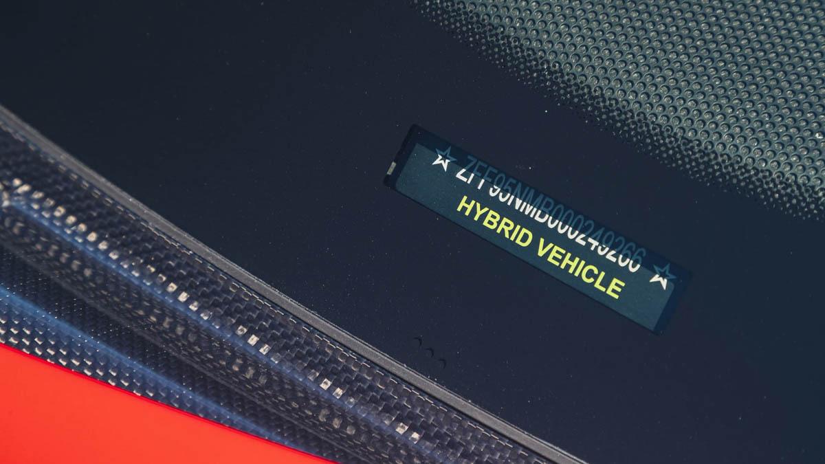 Ferrari-SF90-Stradale-11