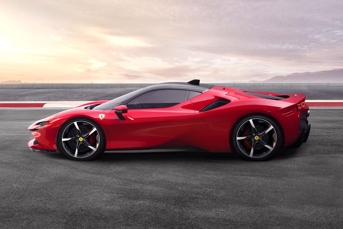 Ferrari-SF90-Stradale-supercar-2