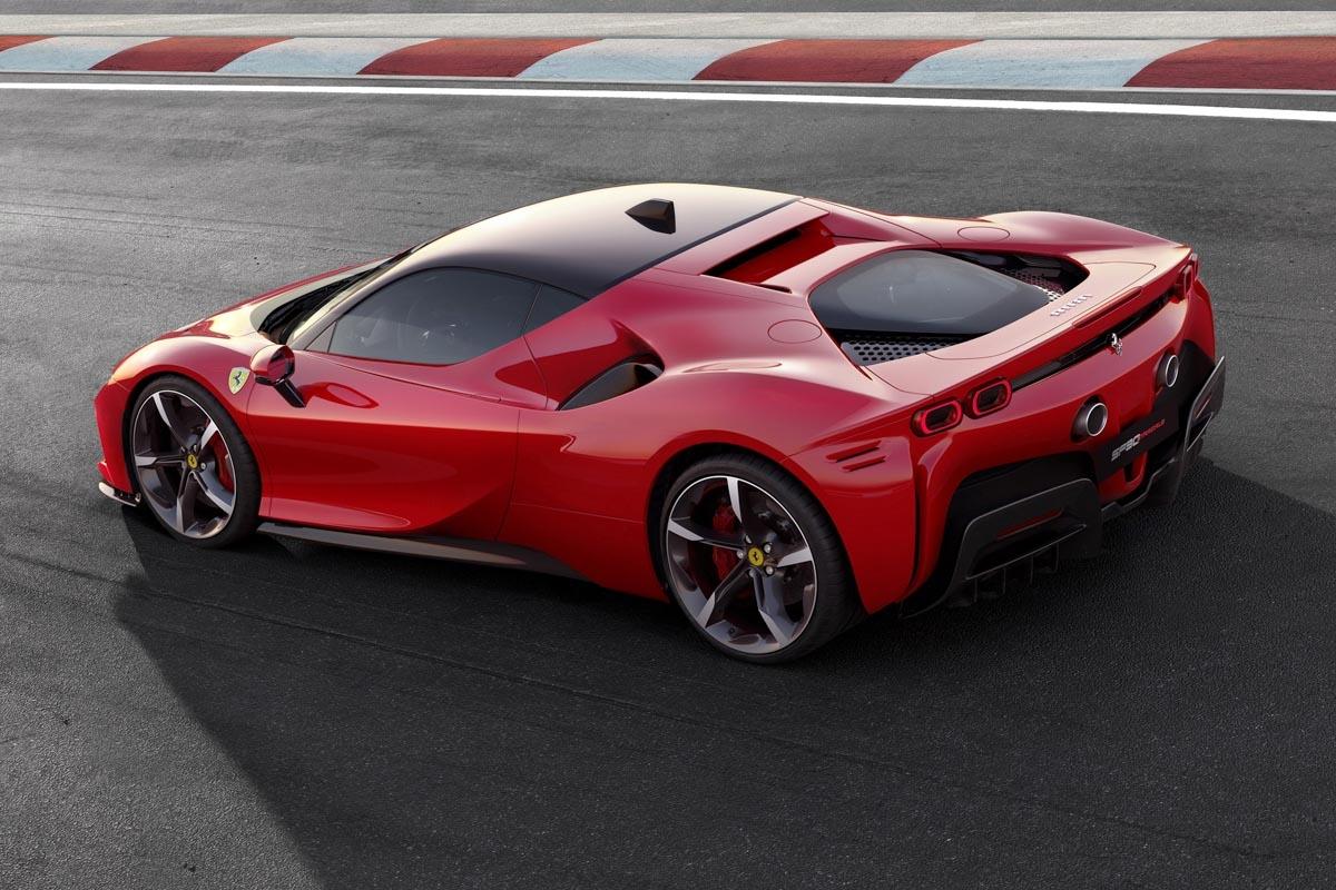 Ferrari-SF90-Stradale-supercar-3