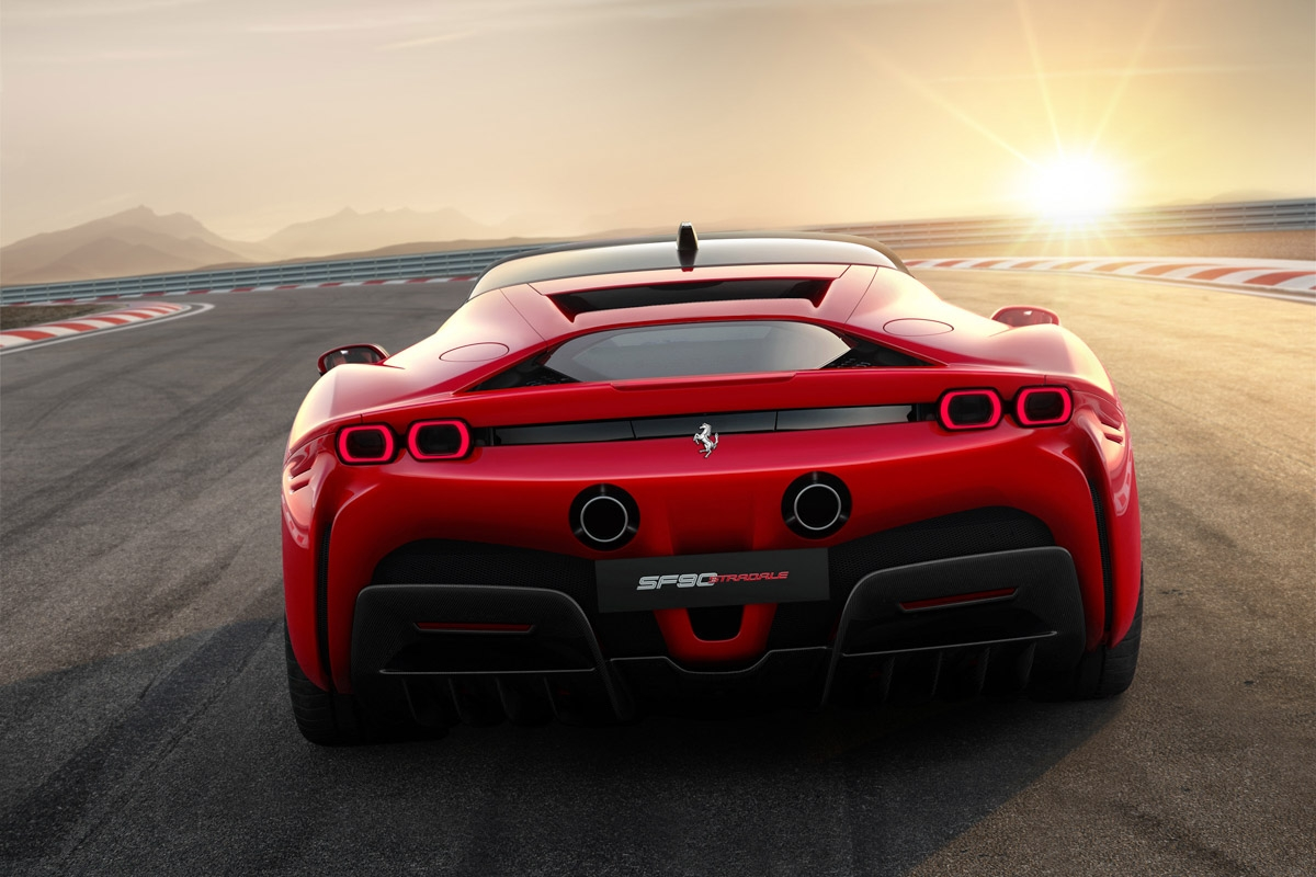 Ferrari-SF90-Stradale-supercar-5