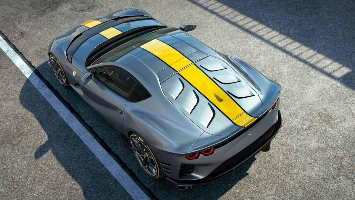 Ferrari-V12-berlinetta-4