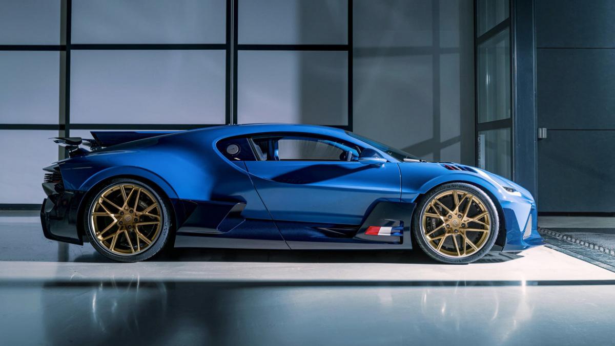 Final-Bugatti-Divo-5