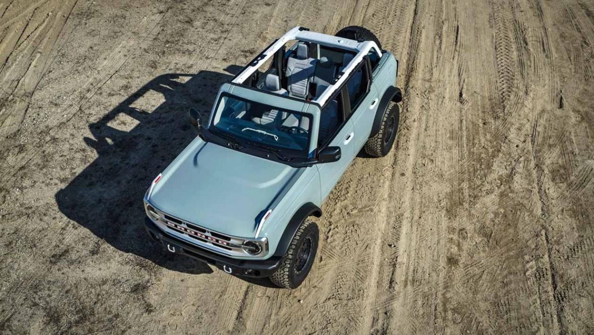 Ford-Bronco-Raptor-11