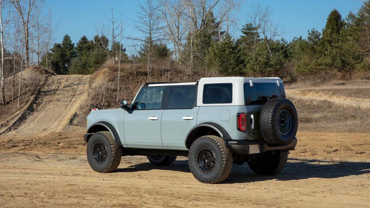 Ford-Bronco-Raptor-15