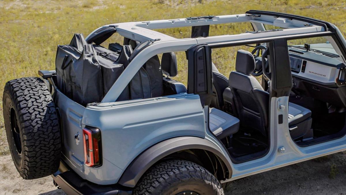 Ford-Bronco-Raptor-16