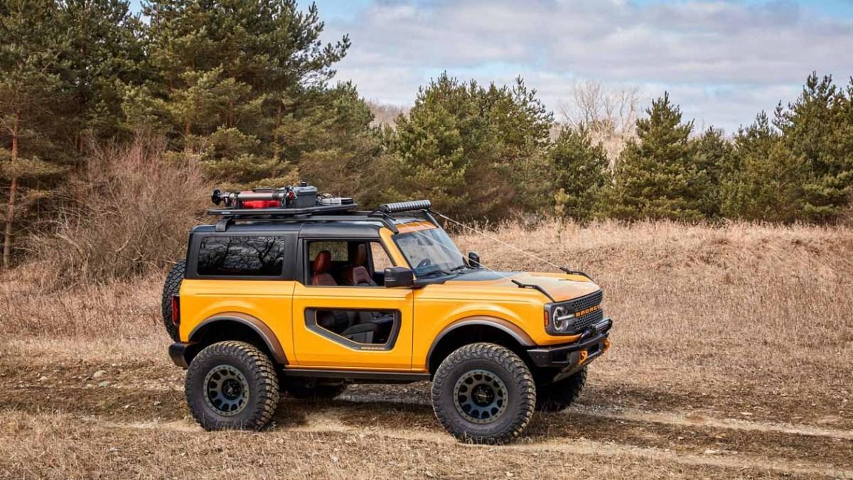 Ford-Bronco-Raptor-2