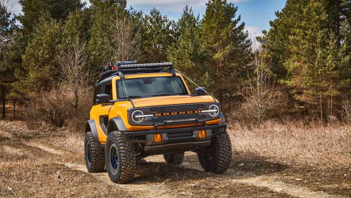Ford-Bronco-Raptor-21