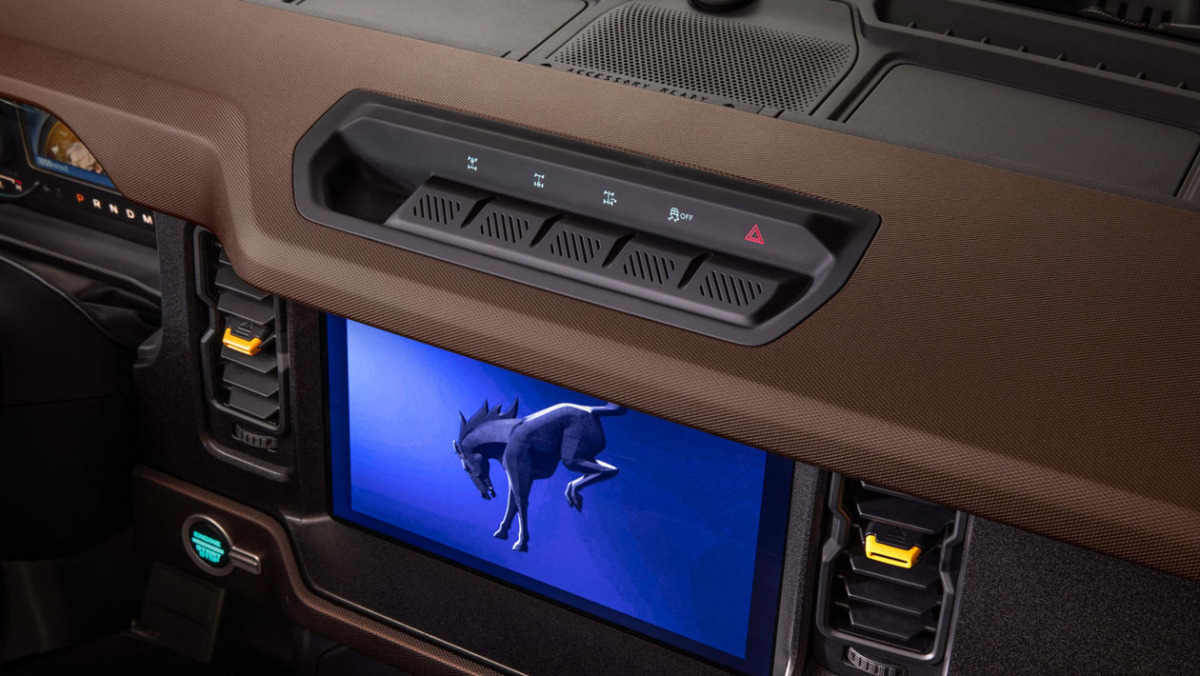 Ford-Bronco-Raptor-26