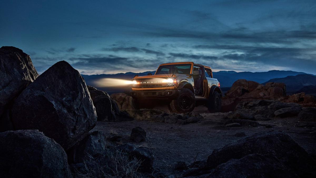 Ford-Bronco-Raptor-27