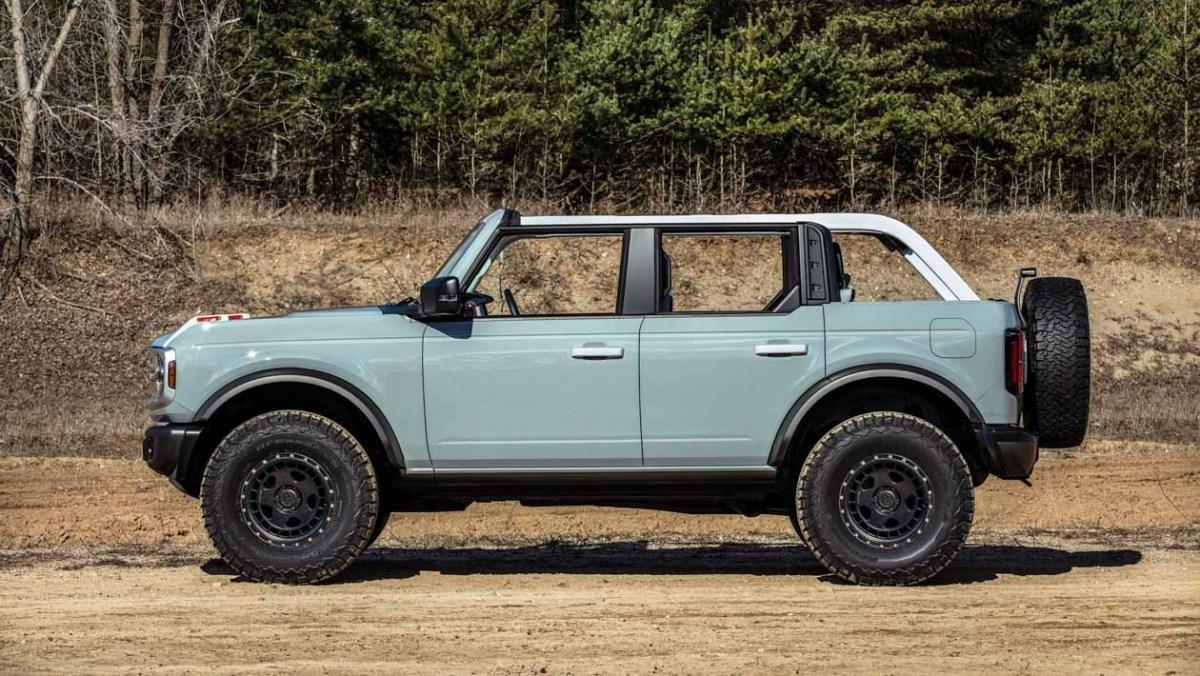 Ford-Bronco-Raptor-7
