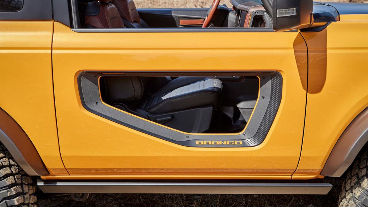 Ford-Bronco-Raptor-8