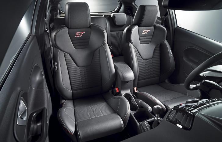 Ford Fiesta ST 200-7