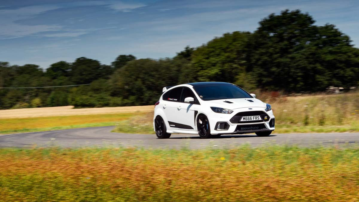 Ford-Focus-RS-M520-2