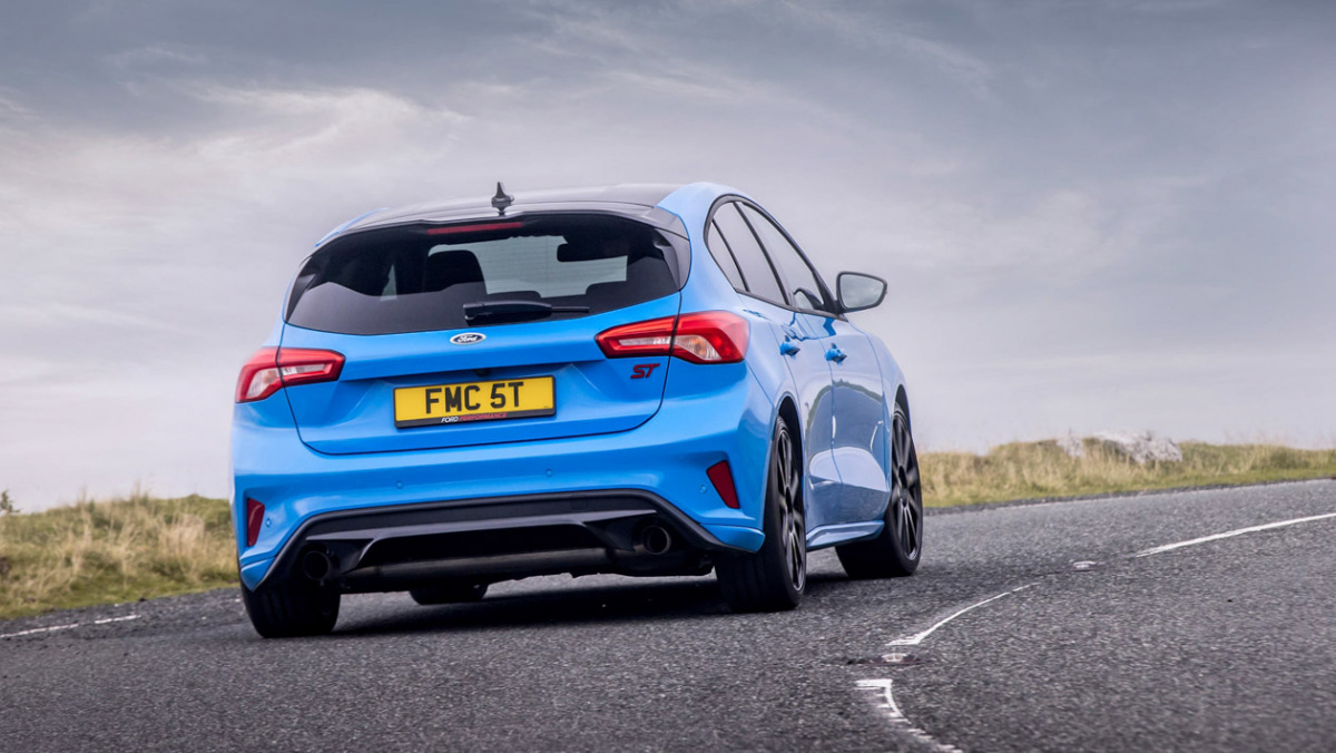 Ford-Focus-ST-Edition-8