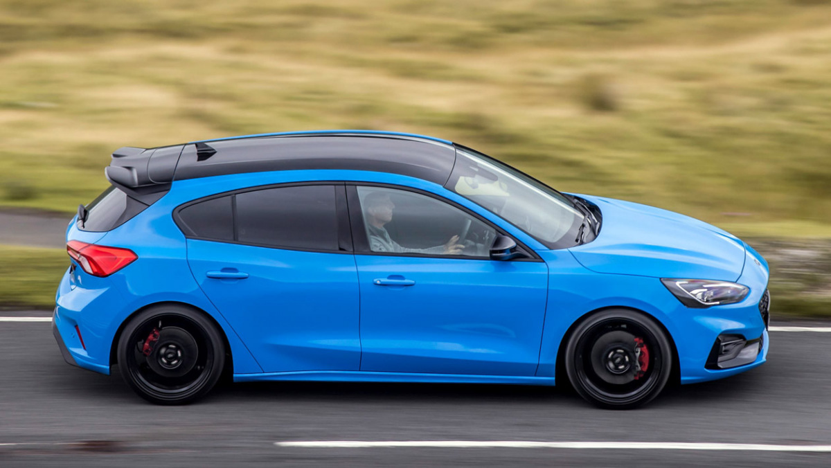 Ford-Focus-ST-Edition-9