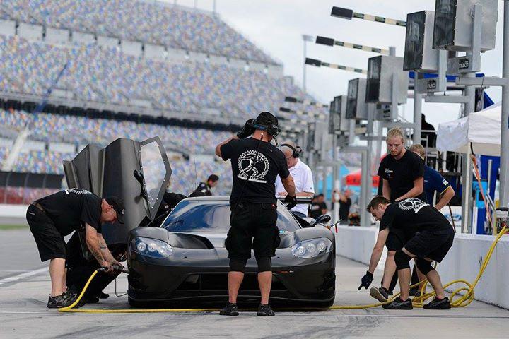 Ford GT at Daytona-8