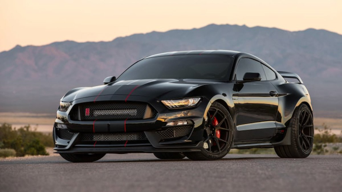 Ford-Mustang-Shelby-GT350-8