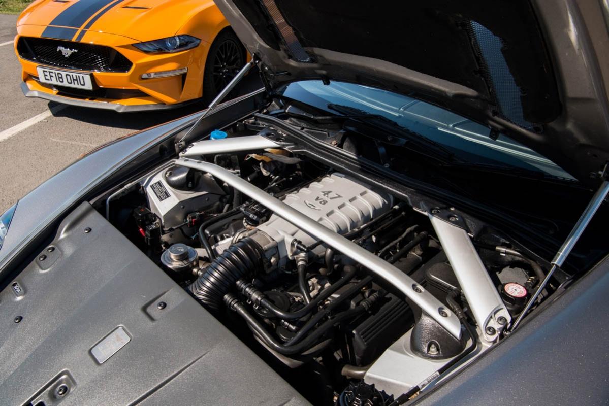 Ford-Mustang-V-Aston-Martin-10