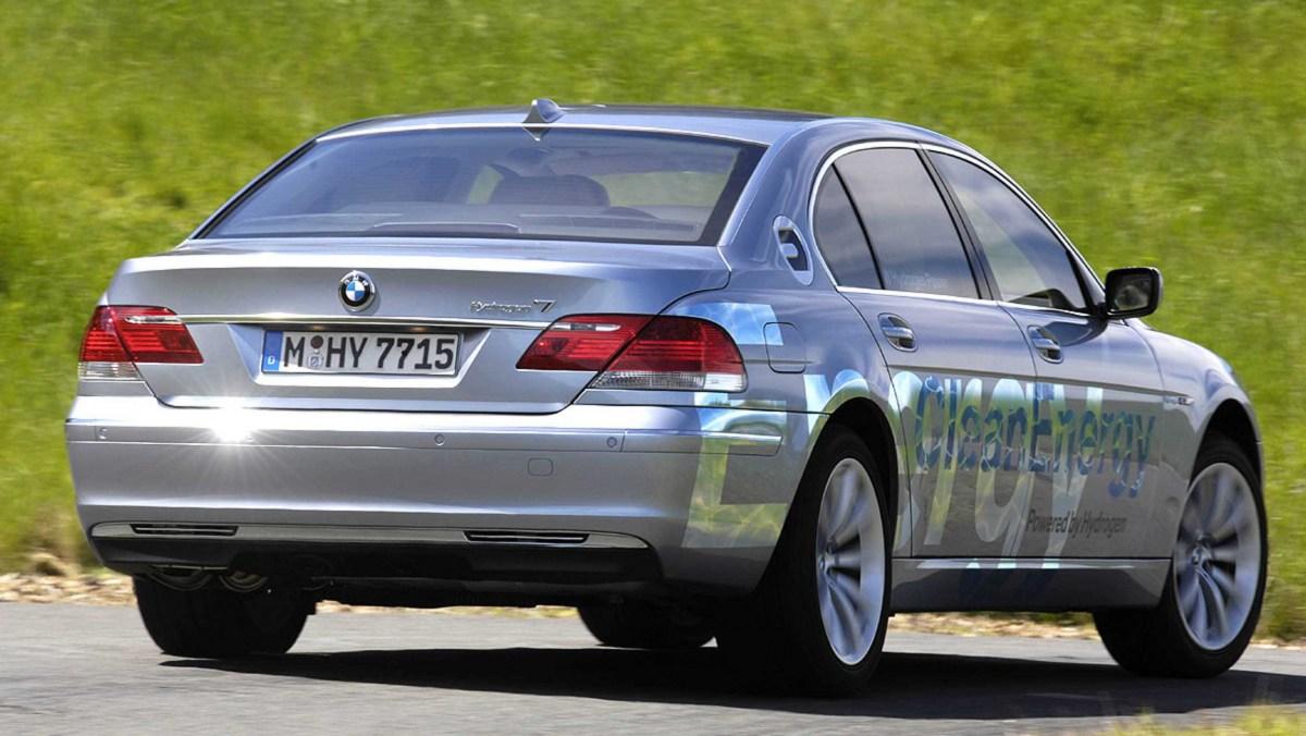 Hydrogen-cars-11