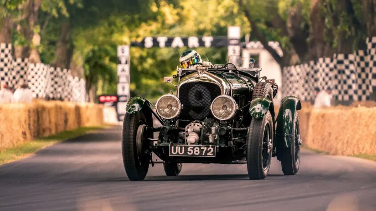 Iconic-'Blower'-Bentley-recreated-1