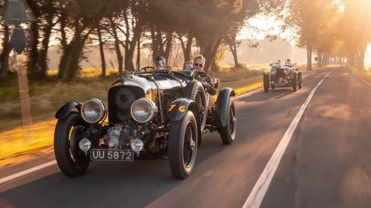 Iconic-'Blower'-Bentley-recreated-4