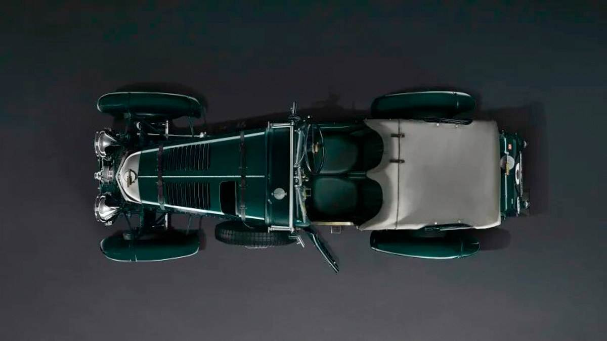 Iconic-'Blower'-Bentley-recreated-6