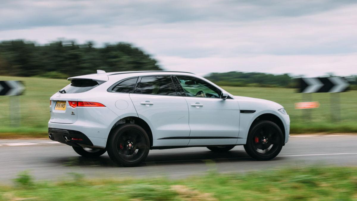 Jaguar-F-Pace-review-2