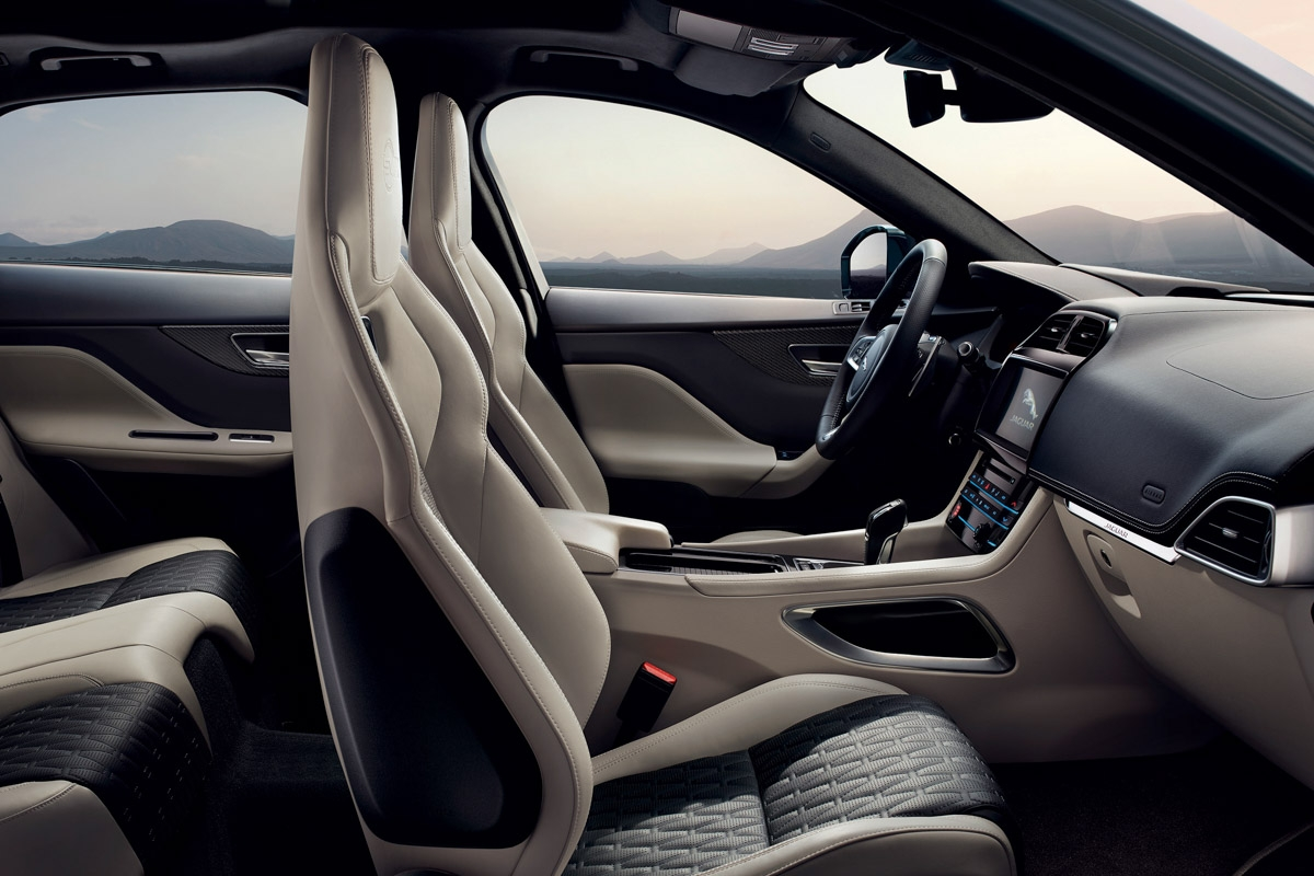 Jaguar F-Pace SVR revealed-12