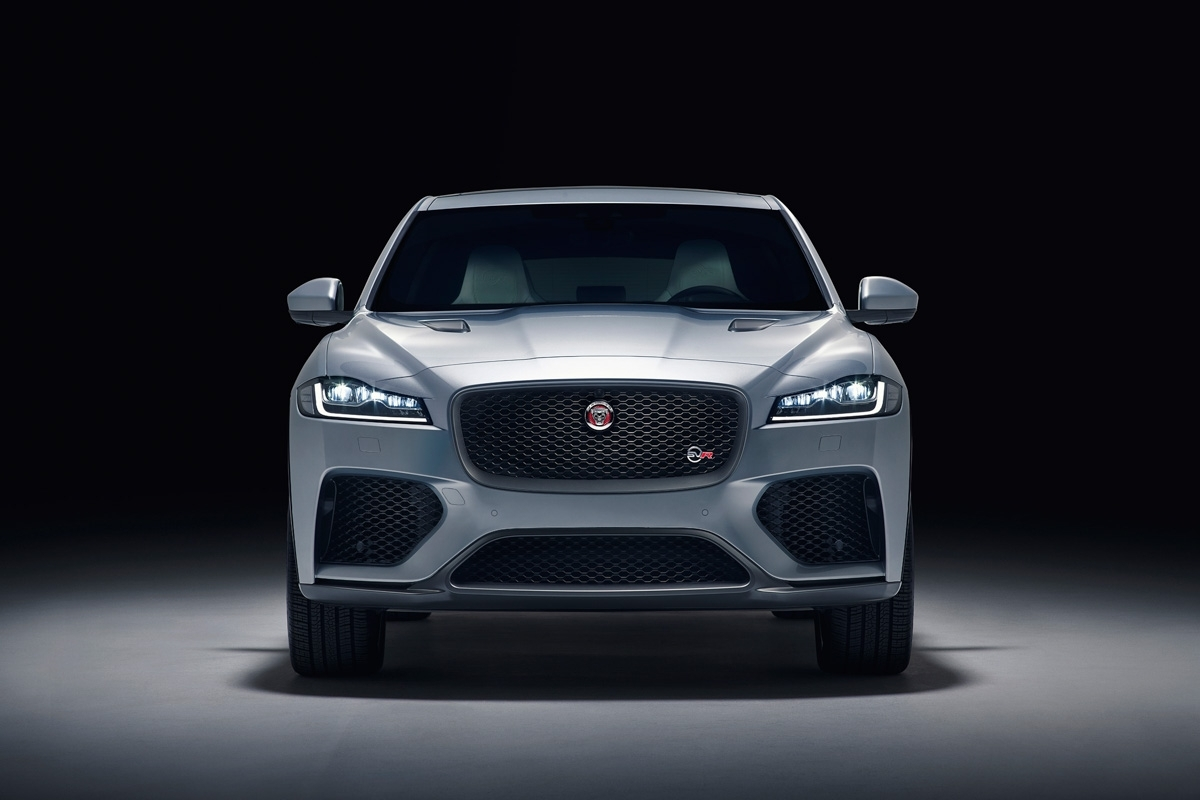 Jaguar F-Pace SVR revealed-6
